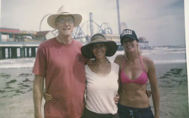 lw-molly-hank-at-beach-before-biopsy-pic-monkey-600-redone-640x400 What it's like to wait for a breast cancer diagnosis